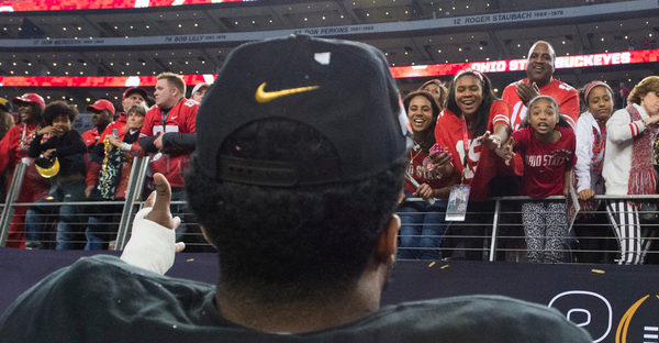 Ezekiel Elliott with the crowd after the Buckeyes' victory. (Cooper Neill for The New York Times)