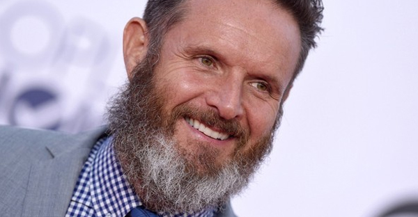 Mark Burnett arrives at the 2015 People's Choice Awards at the Nokia Theatre in Los Angeles. (Getty)