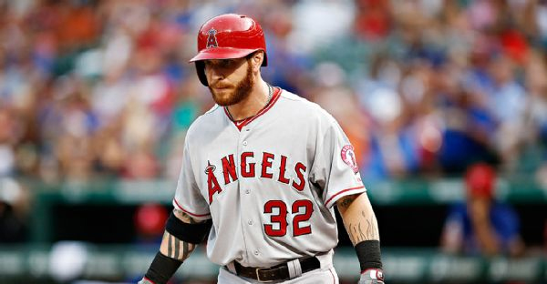 Josh Hamilton reportedly suffered a drug relapse involving cocaine and alcohol during the offseason. (AP Photo/Jim Cowsert)