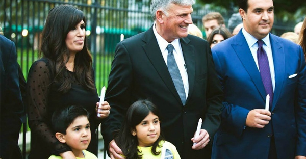 Naghmeh Abedini with her children and Rev. Franklin Graham (Aaron Wong)
