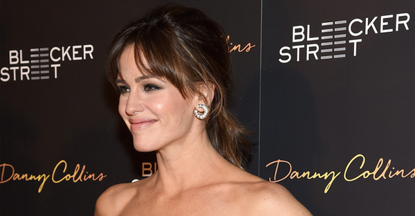 """Actress Jennifer Garner attends the """"Danny Collins"""" New York premiere at AMC Lincoln Square Theater on March 18, 2015 in New York City. (Jamie McCarthy/Getty Images North America)"""