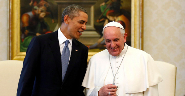U.S. President Barack Obama shakes hands with Pope Francis (right) during their meeting at the Vatican, March 27, 2014. (Reuters/Kevin Lamarque)