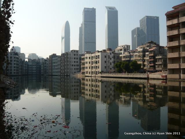 ShinHyunBang_UrbanisedVillageAnditsStruggletoSurvive-001
