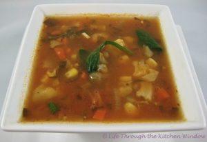 Chili-Seasoned Corn & Cauliflower Soup with Chickpeas & Spinach | © Life Through the Kitchen Window.com