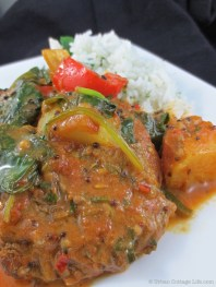 Beef Curry with Potatoes, Red Pepper & Spinach | © Urban Cottage Life.com