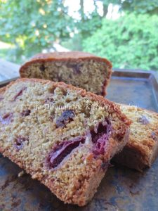 Strawberry Muesli Tea Bread ⎮ © UrbanCottageLife.com