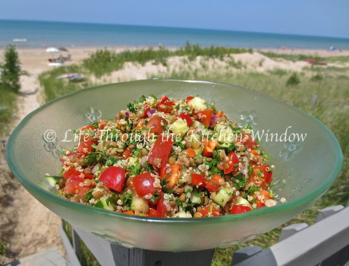 Brown Lentil, Quinoa & Parsley Salad ⎮ © Life Through the Kitchen Window
