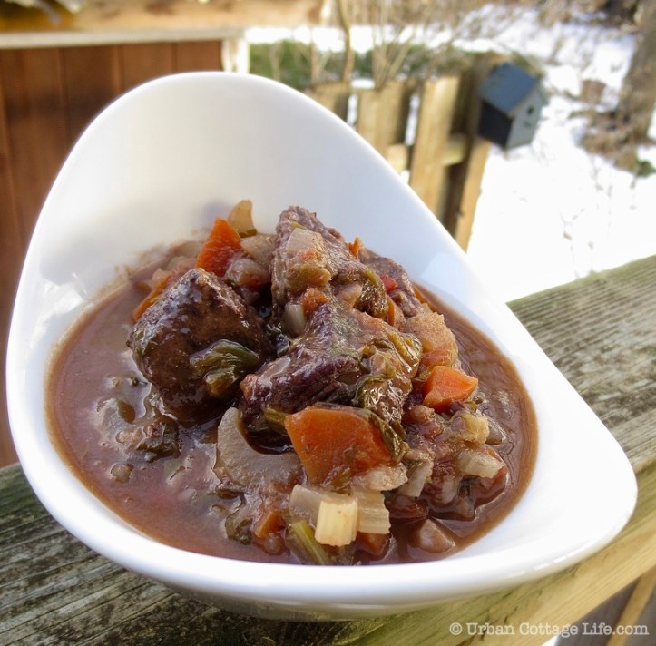 Beef Stew with Red Wine ❘ UrbanCottageLIfe.com