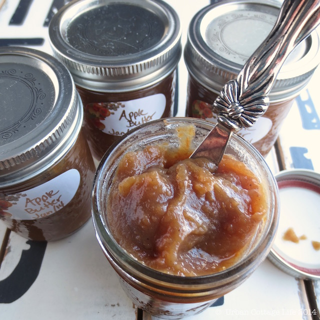 Apple Butter | © UrbanCottageLife.com 2014