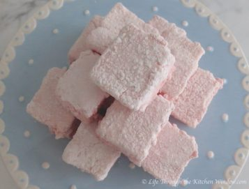 Strawberry Marshmallows | © UrbanCottageLife.com