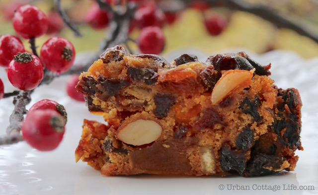 Fruity, Boozy Fruitcake |© Urban Cottage Life.com
