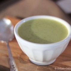 Curried Cream of Broccoli Soup | © UrbanCottageLife.com