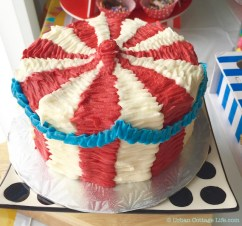 Carnival-Themed Birthday | © Urban Cottage Life.com