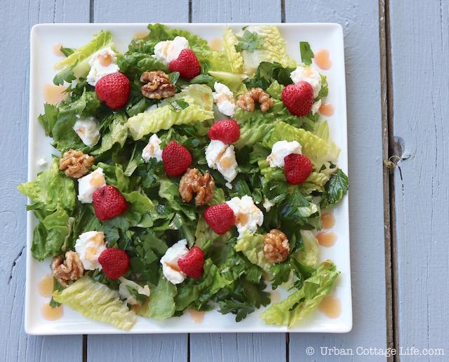 Pickled Strawberry, Goat Cheese & Honeyed Walnut Salad | © UrbanCottageLife.com