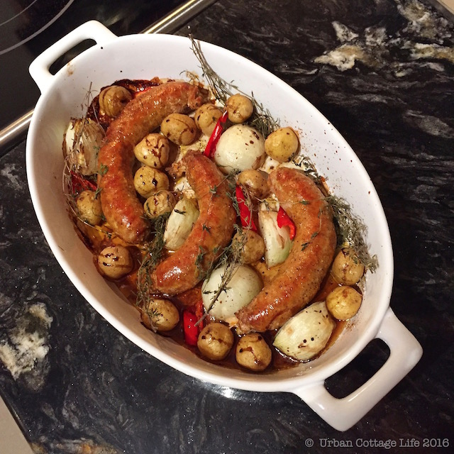 Sausage, Potato & Onion Dinner | © UrbanCottageLife.com 2016