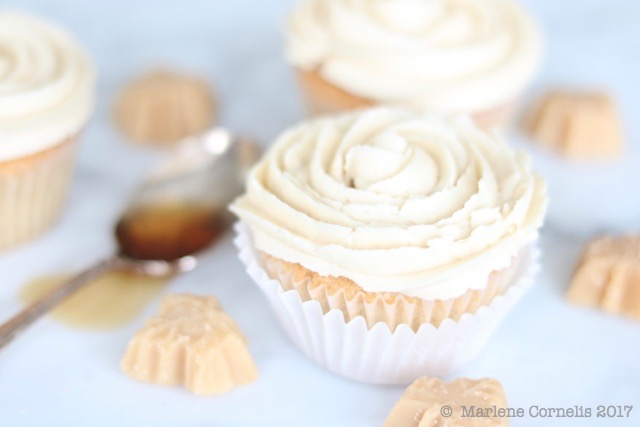 Sugar Shack Maple Cupcakes | © UrbanCottageLife.com