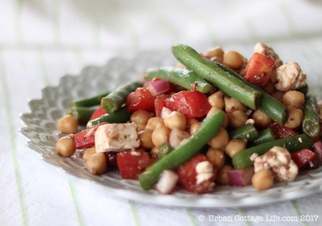 Green Bean, Tomato & Chickpea Salad |© Urban Cottage Life.com