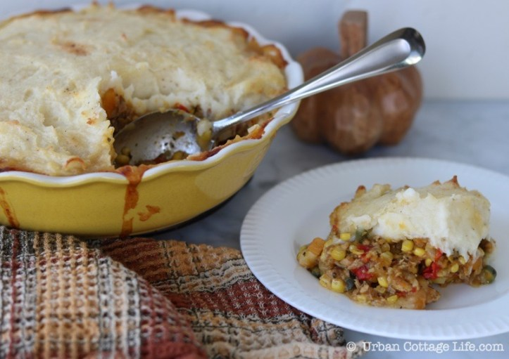 Chicken & Harvest Vegetable Shepherd's Pie | © UrbanCottageLife.com