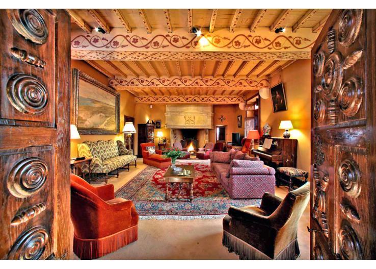 pad_738_527_Chateau-de-Ruffiac-Dordogne-Olivers-Travels__2_