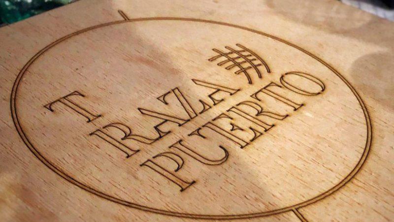 T Raza Puerto: un barco gastronómico alrededor del mundo en Sevilla