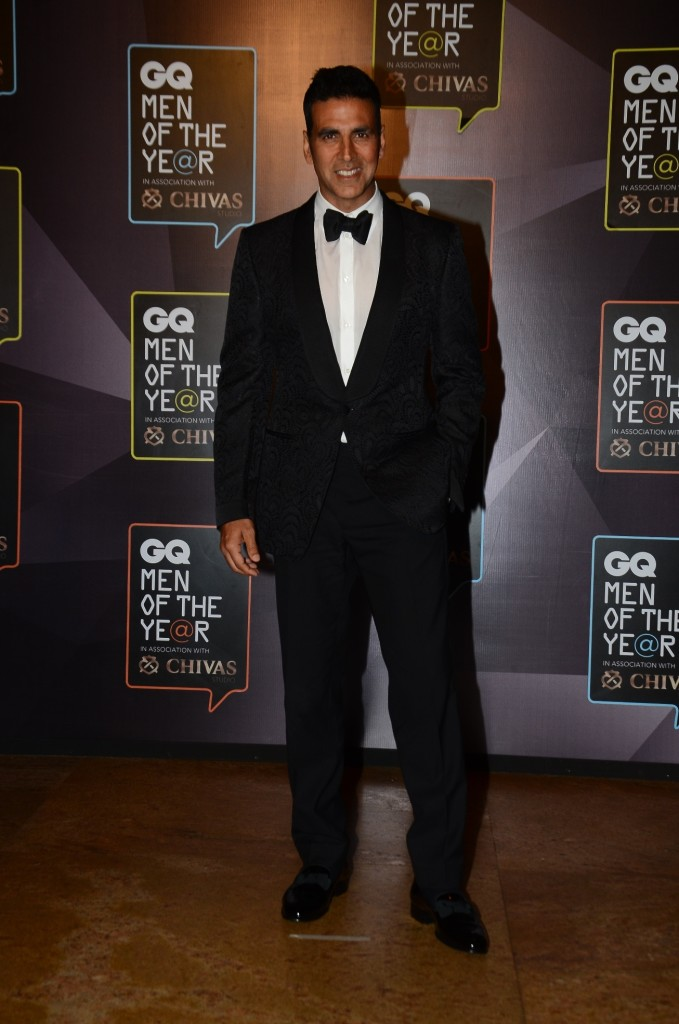 And finally, Akshay Kumar -- who seems to be looking younger and fitter with time -- was given the award for Ultimate GQ man.