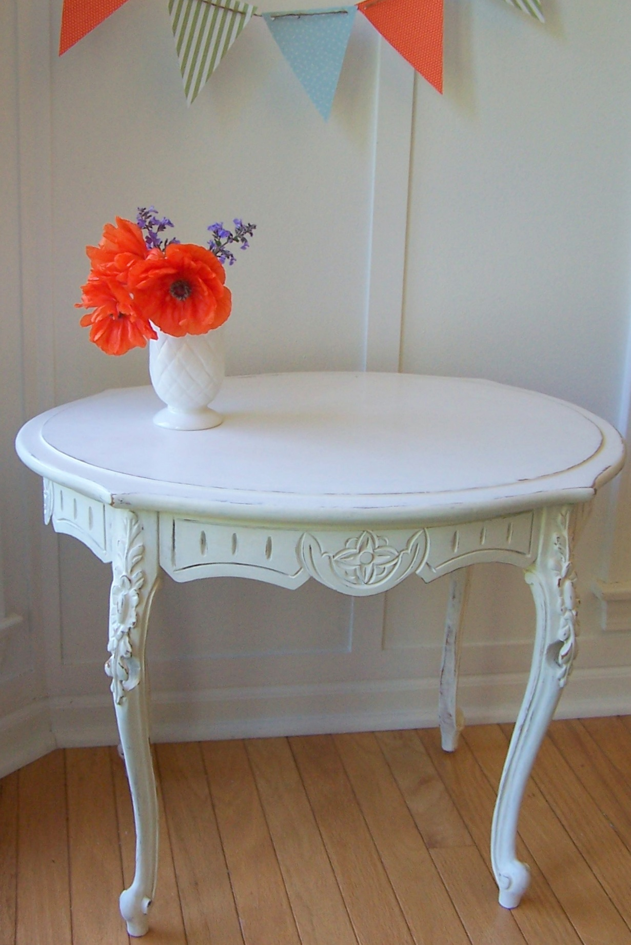 Tables For Small Kitchens