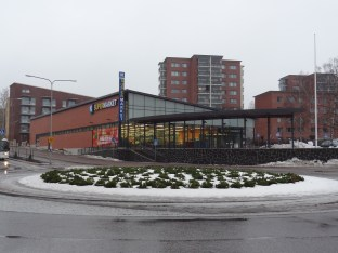 The new K-Supermarket in Haaga. Beatifully fortified away from the street.