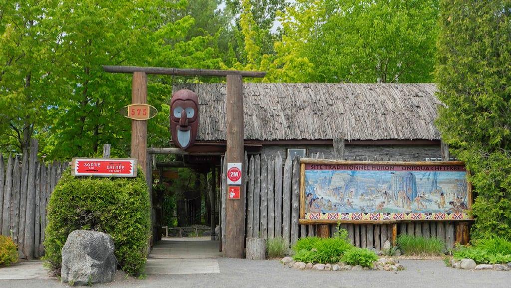Site Traditional Huron Onhoüa Chetek8e in Wendake, Québec