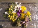 Apr N19: A little bouquet of edible flowers picked today