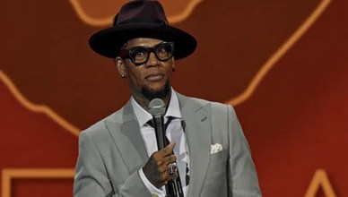 D.L. Hughley (Credit:YouTube/Netflix)