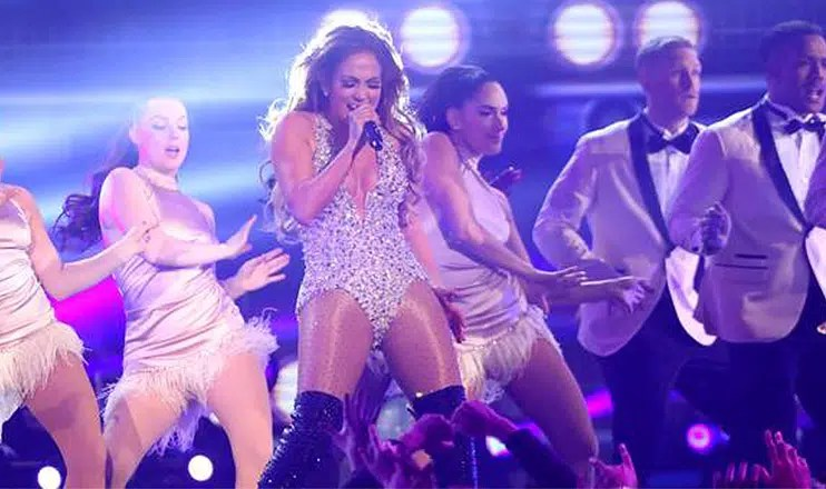 Jennifer Lopez Motown Tribute (Credit: YouTube)