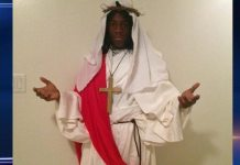 High School Senior Kicked Out Of Class For Jesus Costume During Halloween