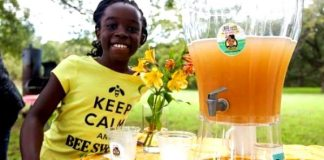 10 Year Old Gets Shark Tank To Invest $60,000 Into Her BeeSweet Lemonade Company