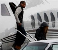 Beyonce Bought A Private Jet For Jay-Z For Fathers Day ...