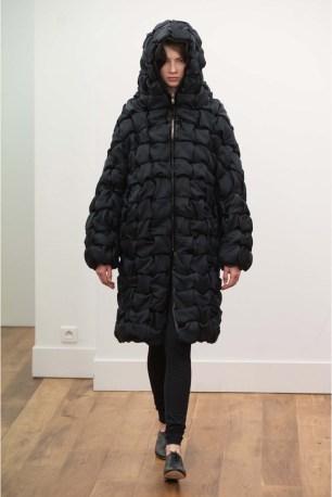 El abrigo acolchado para 2016.