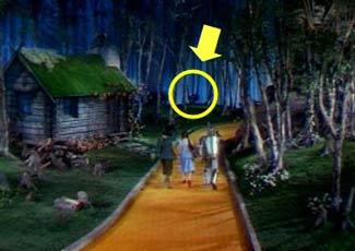 Man Hangs Himself On Wizard Of Oz Set