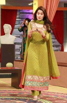 Punjabi Smart Girl Hd Wallpaper Look Slim In Indian Ethnic Wear Women Attire Urbanmadam