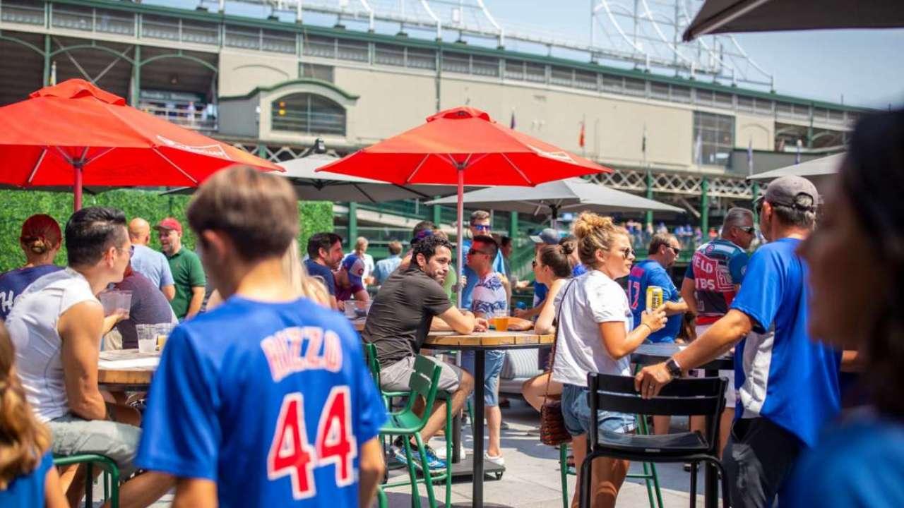8 restaurants bars hotels more near wrigley field urbanmatter