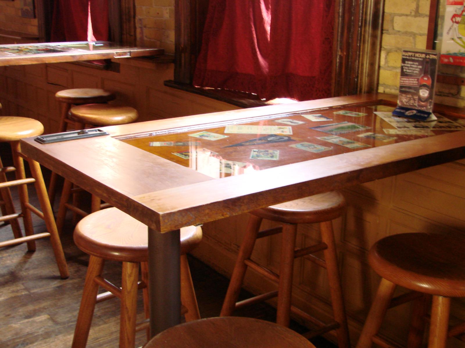 taverns upper 90 s gastro sports pub
