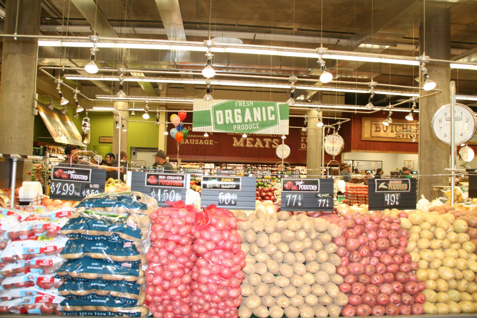 Eyes On Milwaukee Fresh Thyme Opens Downtown Urban Milwaukee