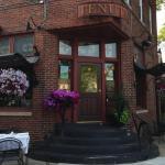 Dining Tenuta S Offers Cozy Italian Dining Urban Milwaukee