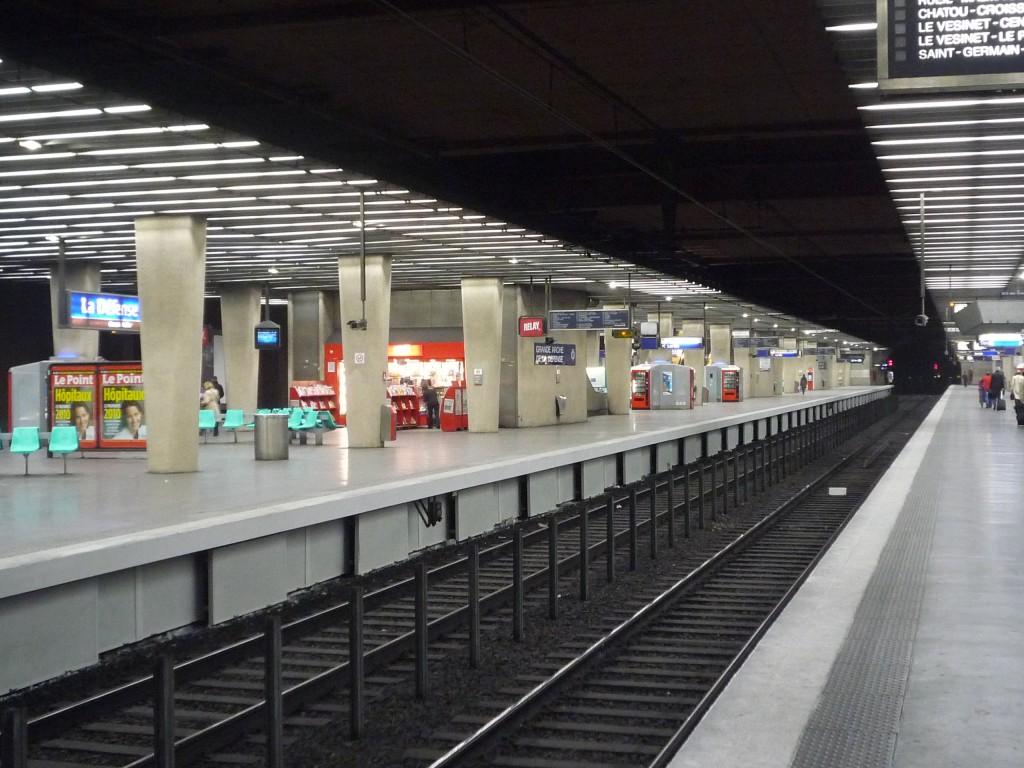 La Dfense a unique business district  France  Urbanplanet