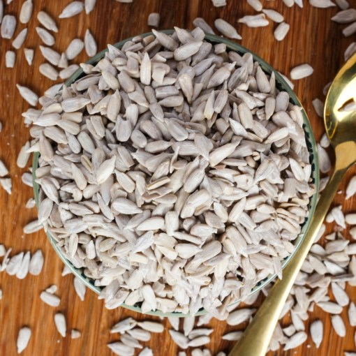 Urban Platter Raw Sunflower Seeds, 400g [Heart-healthy, Delicious]
