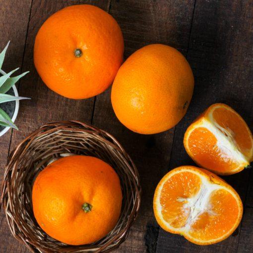 Urban Platter Certified Organic Fresh Kinnow Orange, 6 Units (Approx. 1kg)