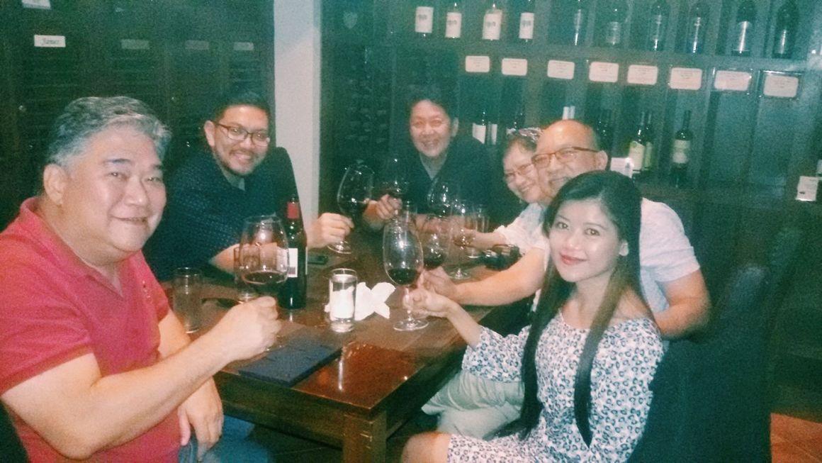 Jun Que, Siegfried Yap, Andy Altarejos, Sonia Tumanut and Bong Tumanut, tau omega mu, tahna de veyra, urban ponder, wine tasting, wine club