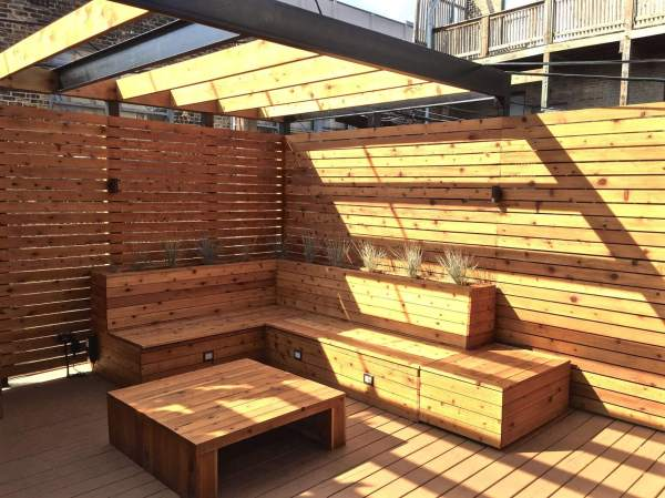 Deck with Built in Bench Seating