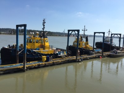newwest-tugs-at-dock