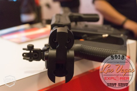 Kriss Vector 2018 Handguard Stock SHOT Show 2018 (7)