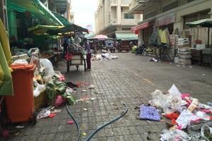 Garbage devastates the beauty of Phnom Penh!