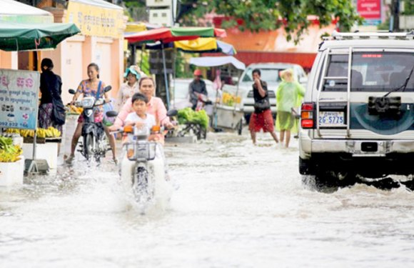 Tropical storm promises downpour
